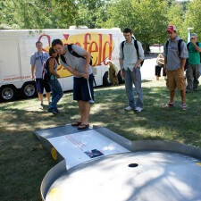 Sony's experiential marketing campaign for the Seinfeld campus tour included putt-putt golf