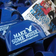 American Eagle college brand ambassadors encourage their peers to Make Some Noise with branded cow bells