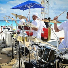Musicians on the beach add pizazz to Corona's experiential marketing campaign